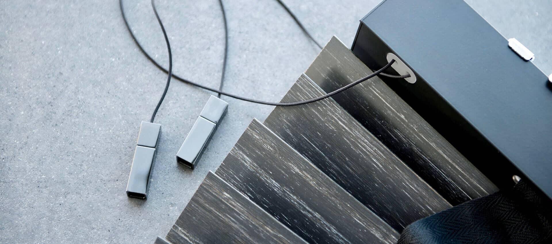 wood horizontals slider